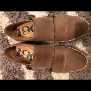 Other - Men's loafers size 8